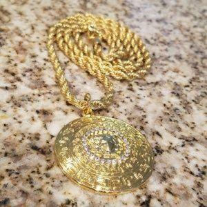 """NEW! Mens 18K Gold Plated """"Medusa"""" Pendant"""